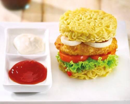 Burger Mie (foto: resepyummy.com)