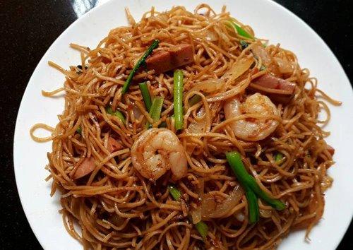Mie Hong Kong (Hokkien noodles) (foto: cookpad.com)