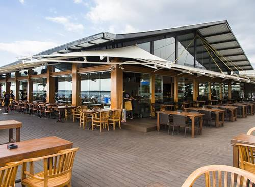 STOQO - Jetski Café (foto: manual.co.id)