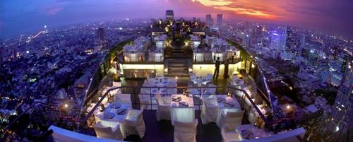 Vertigo Restaurant and Moon Bar, Bangkok (foto: pouted.com)